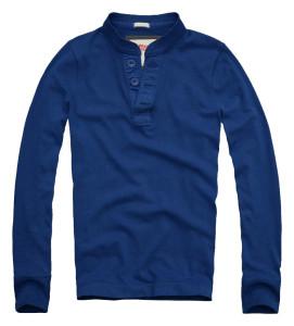 szwalnia odzieży reklamowej niebieska koszulka zguzikami